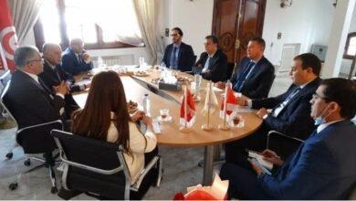 صورة حزب الجرار في زيارة الى تونس